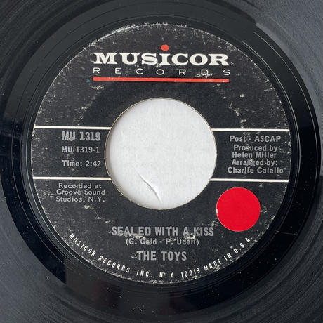 THE TOYS / Sealed With A Kiss