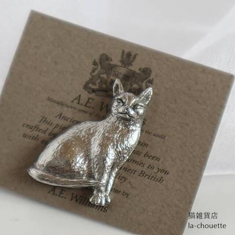 イギリス製・猫ピンブローチ(02-142)