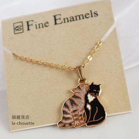 エナメル(七宝)ネックレス・茶トラと黒白猫(02-600)