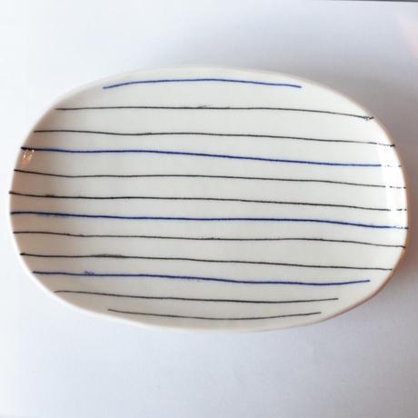 ドウガミスミコ/DOUGAMI Sumiko「だえん皿」
