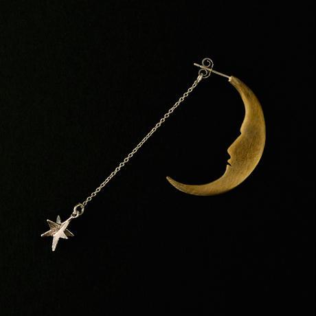 sasakihitomi/佐々木ひとみ「月と星ピアス」