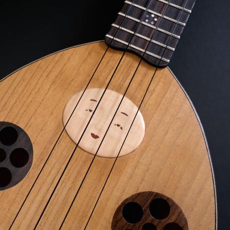 近撥弦楽器/Kon Hatsugengakki「はちまんさんウクレレ」