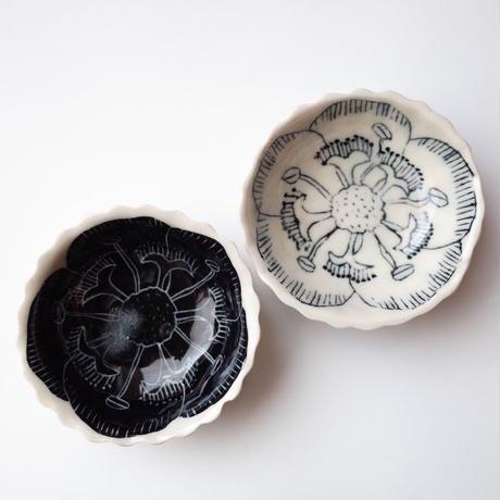 スズキサト/SUZUKI Sato「花小皿」