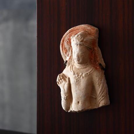 ホータン塼仏菩薩立像