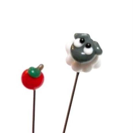 【gemma】まち針2本セット ひつじ&りんご L13-1705