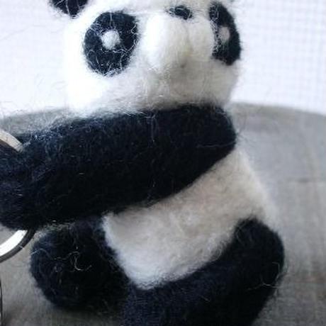 【mogu*mogu】抱っこパンダキーホルダー P36-0124
