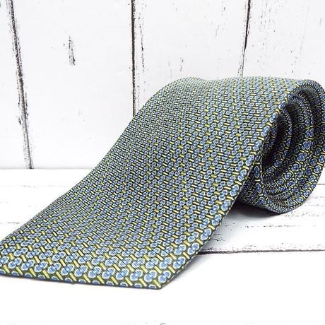 ダーク系スーツに◎【RUVEART PURIMO(ネクスタイル扱い)】ヨーロッパテイストの総柄ネクタイ【ブラック・グリーン系】【USED】743766402083