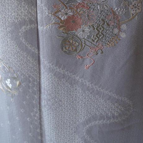 【単衣】淡灰紫色に花車と四季花文附下