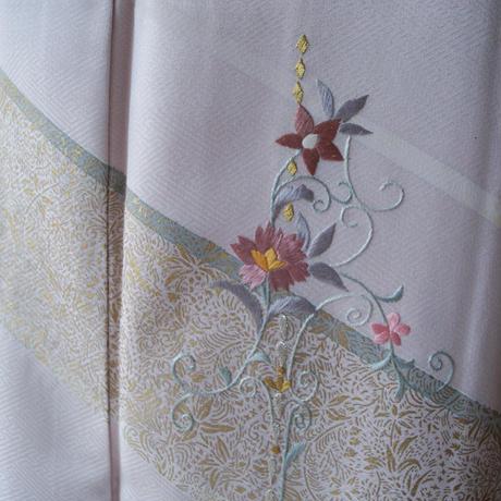【袷】お花の刺繍と金彩銀彩更紗文 附下げ