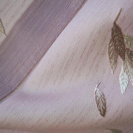 【夏・紗】石竹色 リーフ文様の刺繍 附下げ