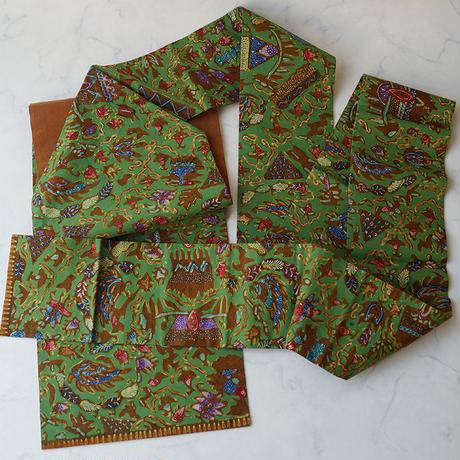 【なごや帯】緑系に多彩な文様 バティックなごや帯