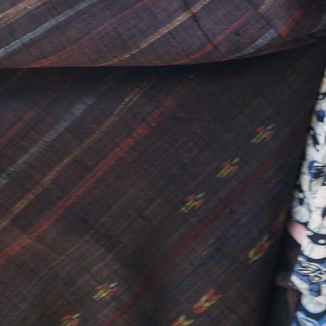 【袷】黒檀色 横段絣柄 紬