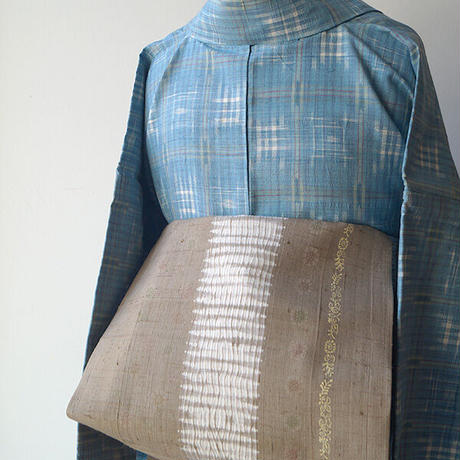 【なごや帯】桑染色 縫い絞りと小花柄 紬地なごや帯