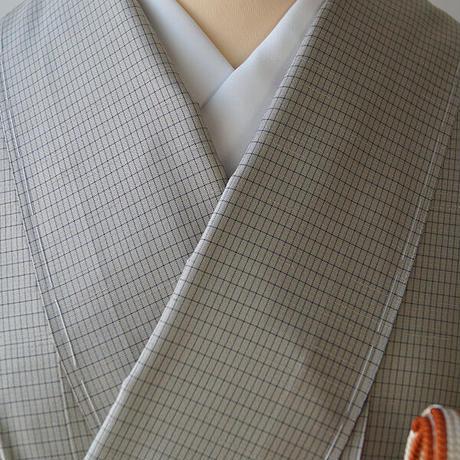 【袷】本場大島紬 薄鶸茶色に格子文