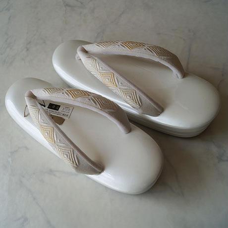 【草履】白地台×菱文刺繍花緒 草履
