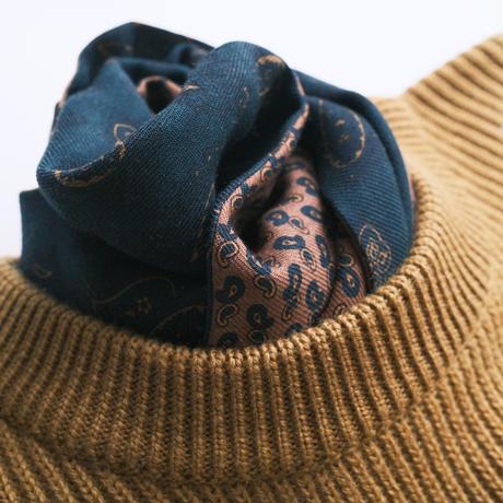 nikcy milano  scarf