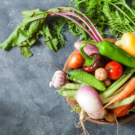 徳島産「自然栽培」&「無農薬・無化学肥料」おまかせ旬の野菜セット Sサイズ 約2.5㎏(クール便)