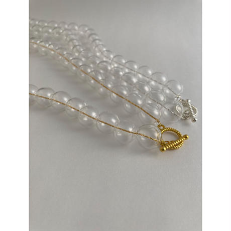GLASS NECKLACE