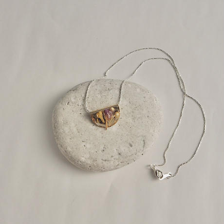 DRY FLOWER NECKLACE