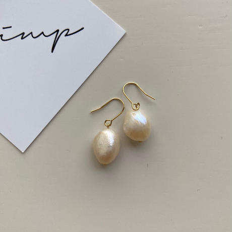 Baroque pearl pierce(gold color)