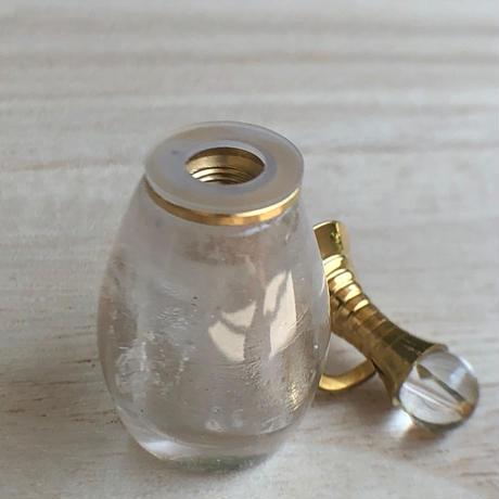 クリアクォーツ香水瓶 NO3
