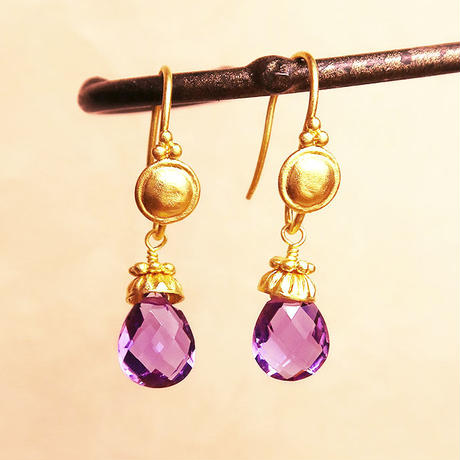 Petit Bell { Earrings } amethyst