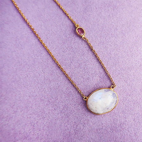 Lucky each other  { Necklace } rainbow moonstone