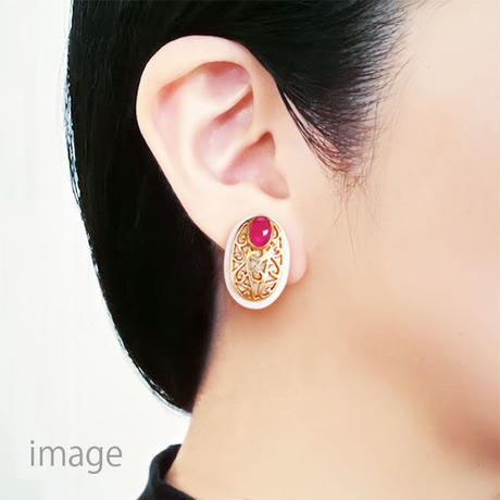 Shell Earrings { clip on } ruby