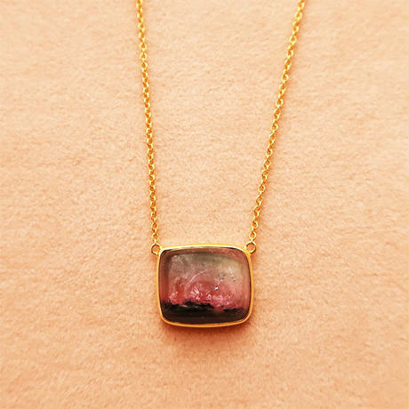 One Stone  { Necklace }   watermelon tourmaline. K18