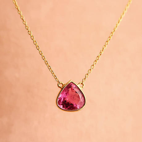 Cosmic  { Necklace }  pink tourmaline. K18