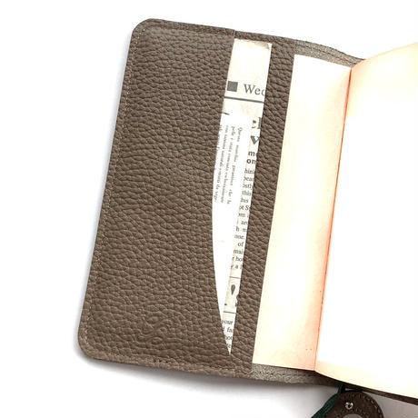 A6手帳カバー マグネット シュリンク型押しレザー【Gratia】G015