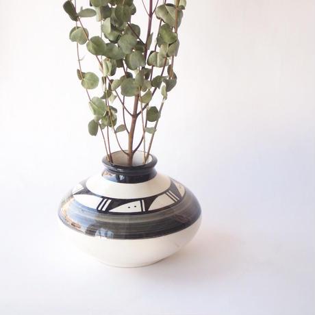 Pottery Vase - Ute Mtn Tribe