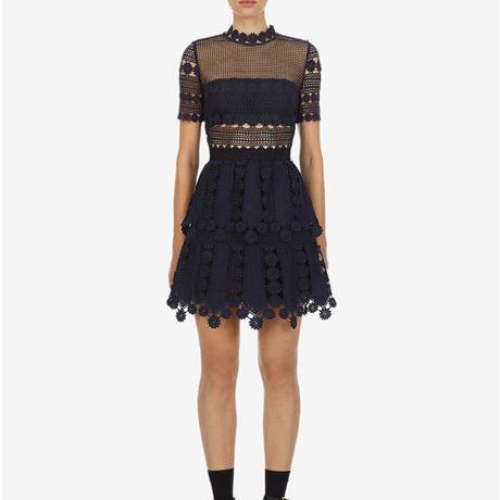 Self-Portrait     ワンピース navy teardrop lace dress  21-10 定価$320