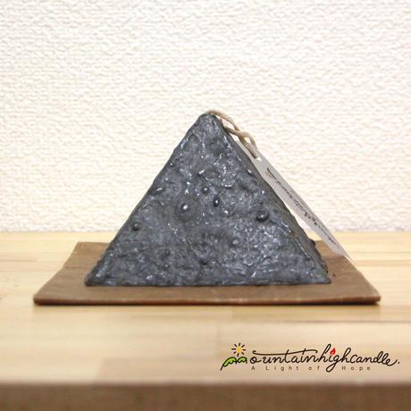 ピラミッドキャンドル