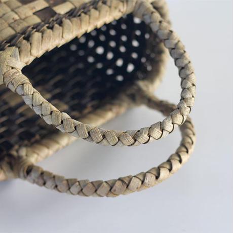 『中央裏皮ライン 市松』沢胡桃のかごバッグ 22cm幅