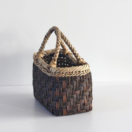 『丸み 網代編み 裏皮×表皮』沢胡桃のかごバッグ 27cm幅