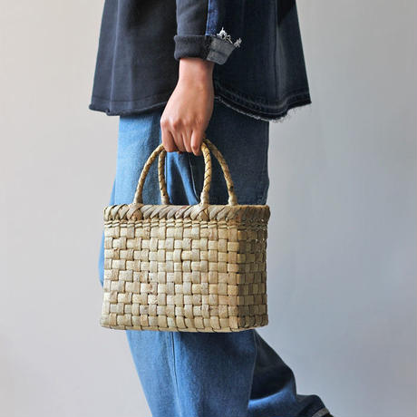 表皮 胡桃のかごバッグ  (クルミ/沢くるみ/籠)  オズのかごバッグ