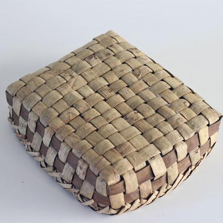 表皮の置き籠  収納バスケット 沢胡桃樹皮 くるみ ozb-801