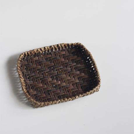 沢胡桃 ランチョンマット 網代編みの置き籠 19cm×16cm