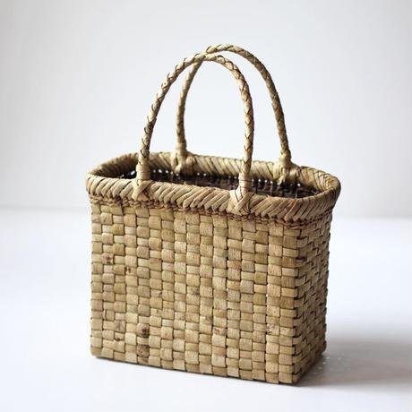 表皮 縦長 胡桃のかごバッグ  (クルミ/沢くるみ/籠)  オズのかごバッグ