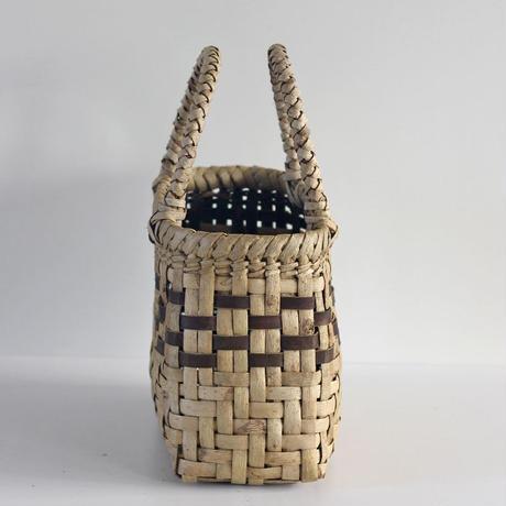 『丸み 網代編み+市松編み 表皮』沢胡桃のかごバッグ 29cm幅