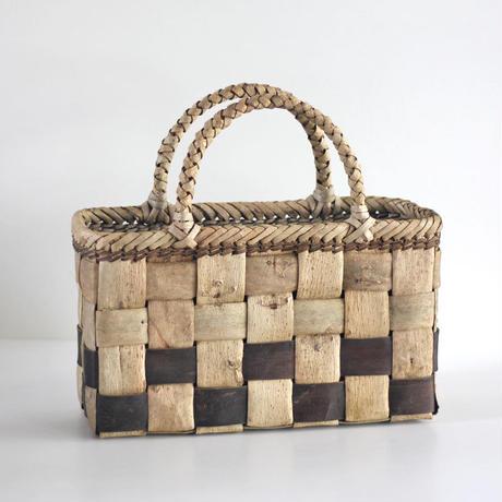 『フトヒゴ表皮+裏皮市松』沢胡桃のかごバッグ 36cm幅