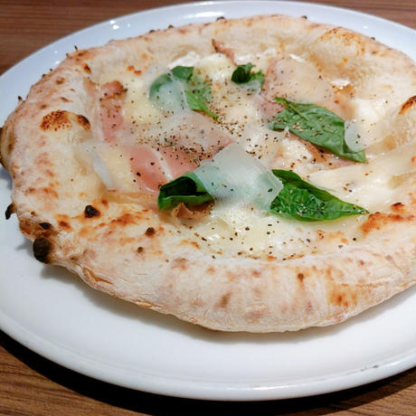 【Pizza MastunicolaBianca 】ピッツァマストゥニコラビアンカ