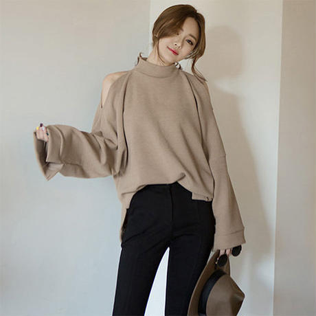 open shoulder highneck tops