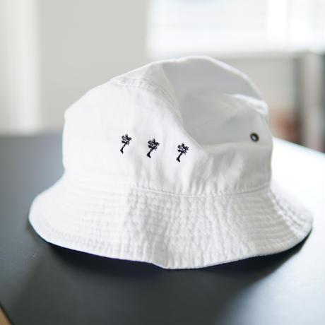PARADISE GARAGESALE / Bucket Hat  White
