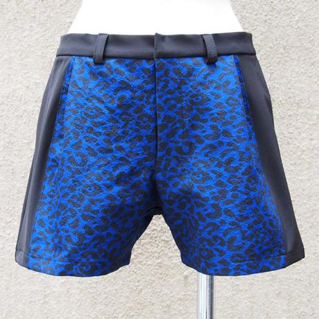 1310-04-102 Leopard Bi-Color Short Pants