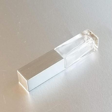 グラスアトマイザー 長四角クリア キャップシルバー フレグランス詰替え容器・携帯スプレイ