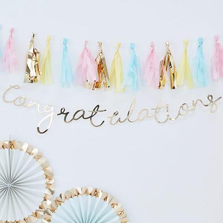 【Ginger Ray】バックドロップ Congratulations ゴールド[ZZ0411-PM-392]
