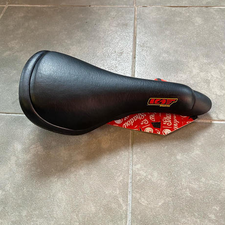 SC PENUMBRA RAILED DROP NOSE SEAT