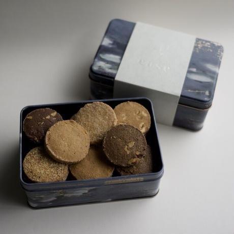 【予約販売/準備出来次第の発送】クッキー缶(睡蓮)